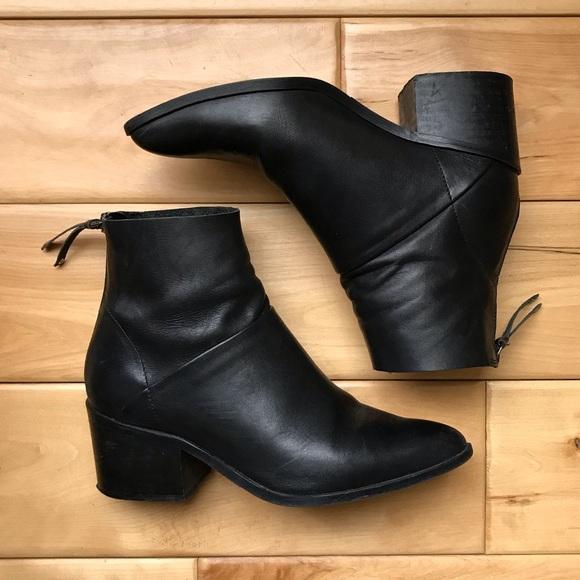 a9e530c776a7 Topshop Black Leather Boots